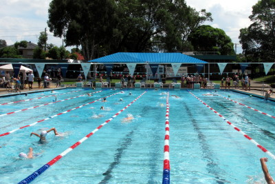 346 swimmers from 60 clubs competed at the Merrylands Masters Meet and Merrylands SwimFest last weekend.